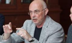 Первая жертва коронавируса в Петербурге: Главврач Боткинской больницы рассказал, за что его уволили