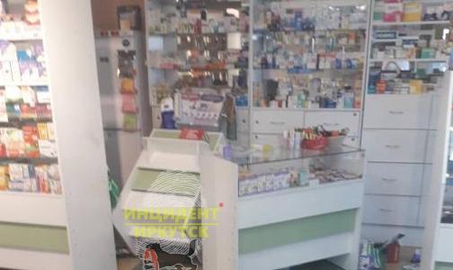 Не понравилось лекарство: россиянка разгромила аптеку и напала на фармацевта
