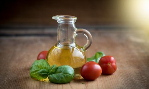 Петербургские общественники выяснили, чем разбавляют растительное масло