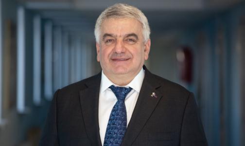 Главный фармаколог Петербурга: Даже антипрививочники хотят вакцинироваться от коронавируса