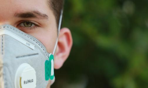 Инфицированный коронавирусом врач Александровской больницы рассказал про первые симптомы и самочувствие