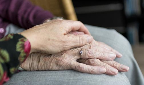 Врачи НМИЦ онкологии им. Петрова: Наши пациенты рака боятся больше, чем коронавируса