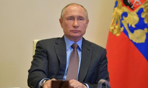 Вакцина, лекарства и «неплохой запас» коек: Михаил Мурашко доложил президенту о борьбе с коронавирусом
