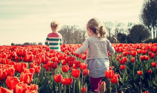 Роспотребнадзор: Дети могут заражать других коронавирусом дольше, чем взрослые