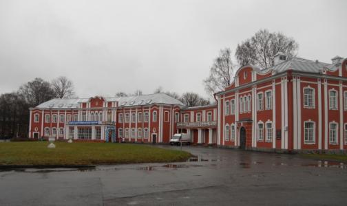 Два корпуса больницы Петра Великого закрыли на карантин