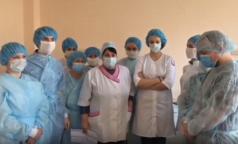 Врачи Покровской больницы заявили о нехватке средств защиты и кислорода. Главврач опровергает