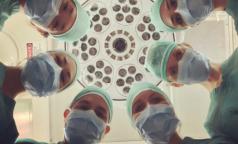 Голос из больницы: Указания от чиновников, жалобы и фейки размножаются быстрее, чем коронавирус