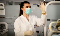 Комздрав: Более 100 петербургских медиков заразились коронавирусом