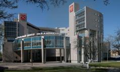 Федеральные клиники Петербурга готовятся отдать петербуржцам с COVID-19 почти 2 тысячи коек