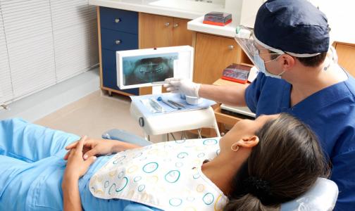 Главный стоматолог Петербурга: Пора открывать плановый прием. Иначе рискуют и пациенты, и врачи
