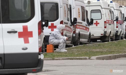Петербург закупит 45 машин для скорой помощи