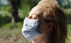 Ученые: мутации нового коронавируса не делают его опаснее