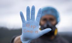 Медики, отличившиеся в борьбе с коронавирусом, получат награды