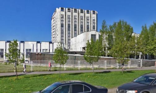В комздраве назвали больницы, где принимают петербуржцев с инфарктами и инсультами