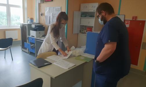 Врач Боткинской больницы: С нашего отделения выпишется последний пациент с коронавирусом в Петербурге