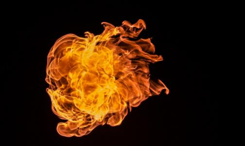 В Петербурге загорелся центр Бехтерева. Его мог поджечь пациент