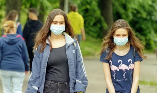 Голикова: Россияне не расстанутся с медицинскими масками даже осенью