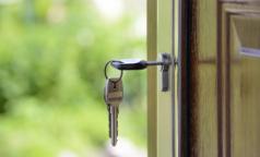 Петербургские медики получат социальные выплаты для покупки или строительства жилья