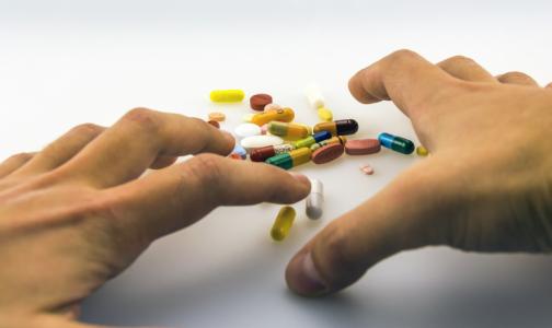 ВОЗ прекратила испытания трех препаратов для лечения коронавирусной инфекции