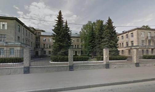 Больница Святителя Луки получит новый корпус. Для него город выкупает здание ЛОМО
