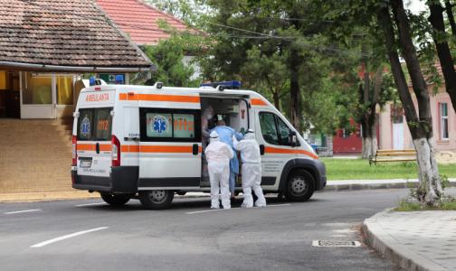 Онищенко объяснил повторное заражение коронавирусом медика из Владимирской области