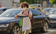 Австралийские ученые выбрали самую эффективную маску для защиты от коронавируса