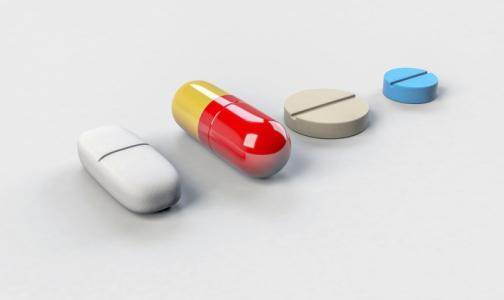 Правительство разрешило госзакупки без ограничений только восьми зарубежных лекарств для лечения лейкоза у детей