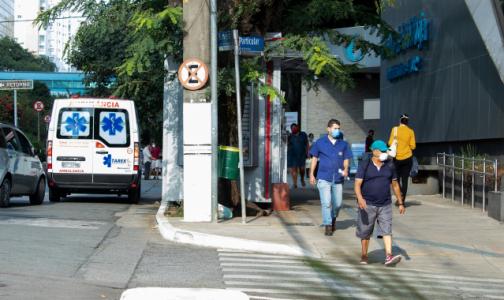 Минздрав зовет петербургских врачей поработать с ковидом в Узбекистане, когда их в городских больницах не хватает