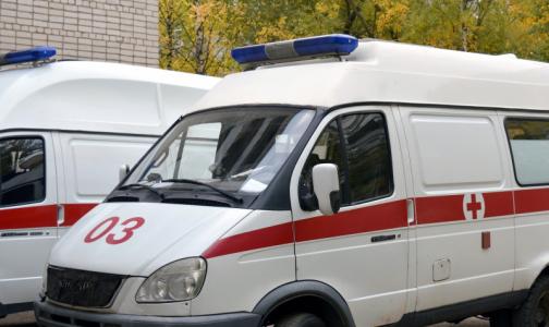 Петербуржцы украли из машины скорой медоборудование, но не продали - хранили дома