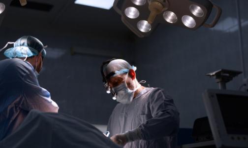 Как не паниковать из-за диагноза «рак груди»? Журналисты, врачи и писатель Цыпкин помогут справиться со стрессом