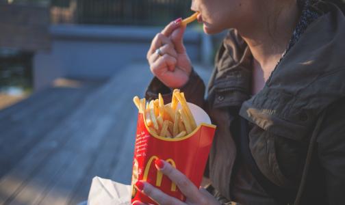 Ученые обнаружили в картошке-фри из McDonald's лекарство от облысения