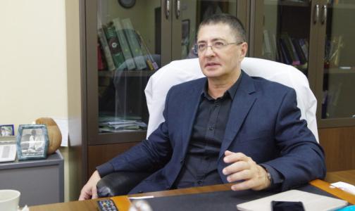 Жириновский потребовал отобрать у доктора Мясникова диплом. Врач отреагировал