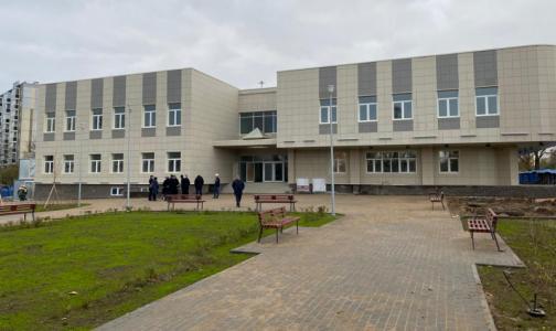 На юго-западе Петербурга к концу года обещают открыть подстанцию скорой и поликлинику для детей