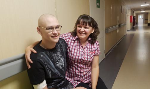 После операции и химиотерапии – на «пиратскую» вечеринку. 30 лет первому детскому онкологическому отделению