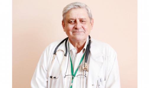 «Лечился в ковидном стационаре». В Петербурге умер врач-пульмонолог Елизаветинской больницы