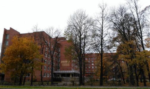 Пациенты подают иски к виновной в заражении 155 человек Покровской больнице
