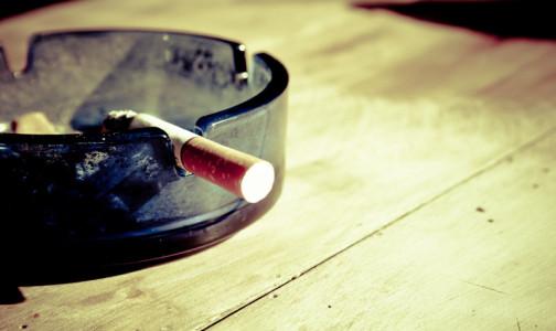 Американские ученые выяснили, как курение влияет на тяжесть COVID-19
