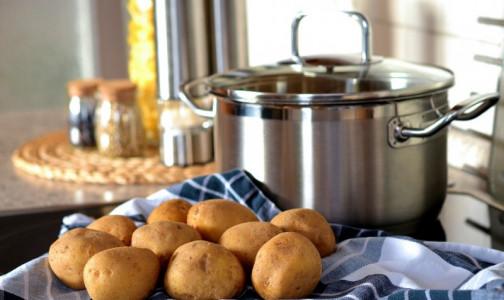 Опасный второй хлеб. Эндокринологи против варки картофеля «в мундире»