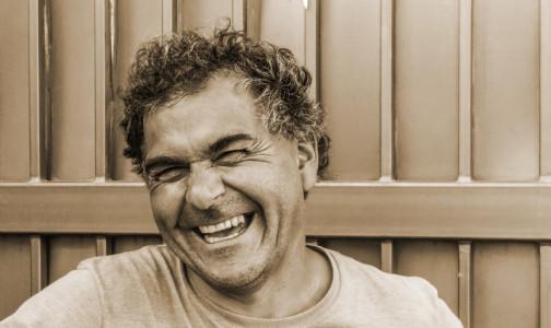 Ученые сообщают: Если во время смеха болит грудь, надо идти к онкологу