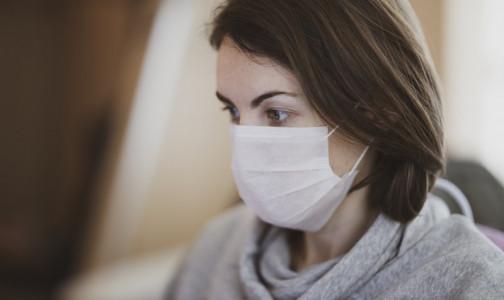 На дистанционку или на больничный? Петербуржцев с хроническими заболеваниями отправляют по домам, но не всегда с бюллетенем