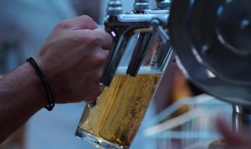 Вакцина как сухой закон. Глава Роспотребнадзора сказала, сколько недель нельзя пить алкоголь привитым от COVID-19