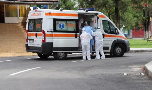 Регионы до конца 2020 года получат 2 тысячи машин скорой помощи для медучреждений. Петербург в список не вошел