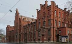 Петербургский НИИ фтизиопульмонологии снова принимает пациентов с ковидом на Лиговском проспекте