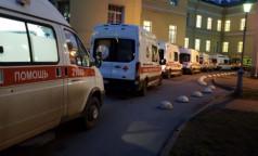 """В """"красной зоне"""" петербургской больницы пожаловались: """"Работаем, как в аду"""""""