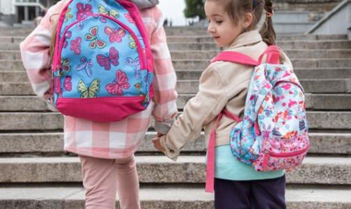 Без прививки на ЕГЭ. Глава Центра Гамалеи заявил, что испытания «Спутника V» на детях не начнутся до середины весны