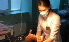 Петербургские педиатры помогли двум малышам, страдающим спинальной мышечной атрофией. Их впервые лечили пероральным препаратом