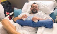 Во Франции впервые в мире сделали пересадку обеих рук и плеча. Пациент ждал операции более 20 лет