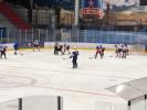 Врачи играют в хоккей: Фоторепортаж