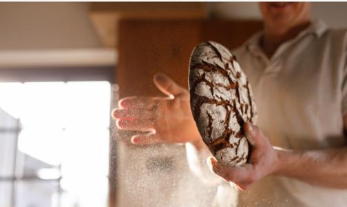 """Хлеб не приводит к набору лишнего веса и """"помогает"""" сердцу. Эксперт дала рекомендации и опровергла мифы"""