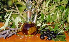 """""""Холодное"""" масло лучше покупать в темной бутылке: Как правильно выбирать и хранить растительные масла"""